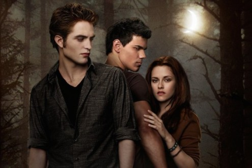 twilight_saga_new_moon_the_2009_1447_wallpaper-585x390